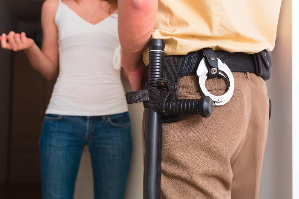 Resolución de conflictos vecinales - Mediación - Policía Local Málaga